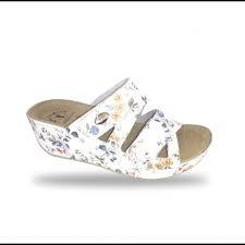 Fratelli Babb- Női divatpapucs ( D108 ) - fehér, sötétkék, virágos